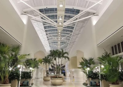 <strong>Orlando International Airport, Orlando FL</strong> – The new skylight system connects those arriving and working within the space to the welcoming surroundings and the Florida sunshine outside. Orlando International Airport serves 44.3-million passengers annually.  The Intermodal Terminal  Facility is the  first building on the airport campus to meet the U.S. Green Building Council's LEED v4 certification standards.