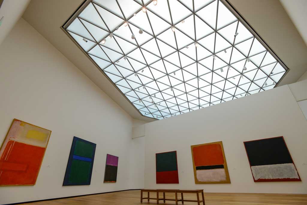 National Gallery Of Art Washington, DC Covering Nearly The Entire Roof  Skylights Allow Brilliant Natural Light To Illuminate And Enliven The  Interior Of ...